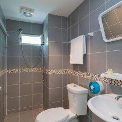 Отель Hangover Inn ванная