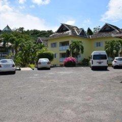 Отель Majestic Supreme Ridge Cott парковка