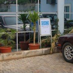 Отель Monte Carlo Hotel Ltd Нигерия, Энугу - отзывы, цены и фото номеров - забронировать отель Monte Carlo Hotel Ltd онлайн парковка
