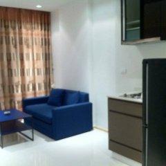 Отель Thanyalak at The Gallery Condominium Таиланд, Паттайя - отзывы, цены и фото номеров - забронировать отель Thanyalak at The Gallery Condominium онлайн комната для гостей фото 2