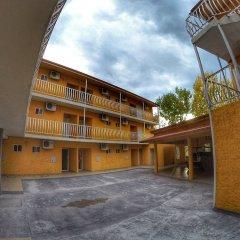 Отель Villa Santa Cruz Creel парковка