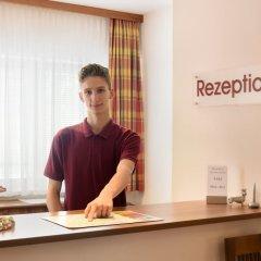 Отель EB Hotel Garni Австрия, Зальцбург - 1 отзыв об отеле, цены и фото номеров - забронировать отель EB Hotel Garni онлайн спа