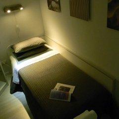Отель FWS Forum Wellness Station Парма сейф в номере