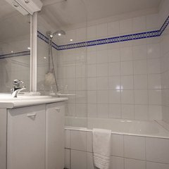 Отель Bridgestreet Opera Франция, Париж - 1 отзыв об отеле, цены и фото номеров - забронировать отель Bridgestreet Opera онлайн ванная фото 2
