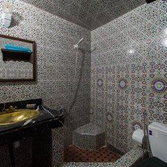 Отель Dar Ahl Tadla Марокко, Фес - отзывы, цены и фото номеров - забронировать отель Dar Ahl Tadla онлайн ванная