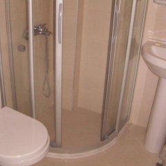 Melaike Otel Турция, Фоча - отзывы, цены и фото номеров - забронировать отель Melaike Otel онлайн ванная