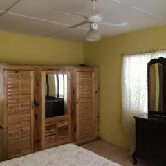 The blue Lagoon Hostel & Private Rooms комната для гостей фото 3