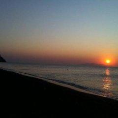Отель Marybill Греция, Остров Санторини - отзывы, цены и фото номеров - забронировать отель Marybill онлайн пляж фото 2