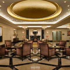 Отель Breidenbacher Hof, a Capella Hotel Германия, Дюссельдорф - 7 отзывов об отеле, цены и фото номеров - забронировать отель Breidenbacher Hof, a Capella Hotel онлайн интерьер отеля фото 2