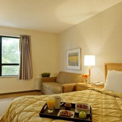 Отель Comfort Inn Dartmouth в номере