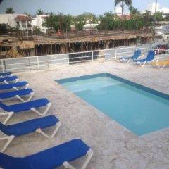 Отель Bocachica Beach Hotel Доминикана, Бока Чика - отзывы, цены и фото номеров - забронировать отель Bocachica Beach Hotel онлайн бассейн фото 3