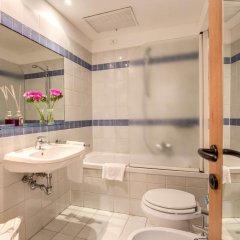 Отель Botticelli Hotel Италия, Флоренция - отзывы, цены и фото номеров - забронировать отель Botticelli Hotel онлайн ванная