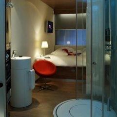 Отель citizenM Schiphol Airport Нидерланды, Схипхол - 4 отзыва об отеле, цены и фото номеров - забронировать отель citizenM Schiphol Airport онлайн ванная