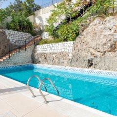 Отель MalagaSuite Beach Solarium & Pool Торремолинос бассейн фото 2