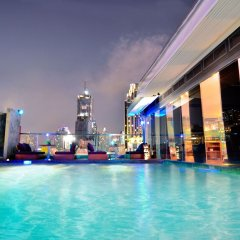 Отель Galleria 10 Sukhumvit Bangkok By Compass Hospitality Бангкок бассейн фото 2