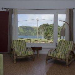 Отель Sete Cidades Lake Lodge Португалия, Понта-Делгада - отзывы, цены и фото номеров - забронировать отель Sete Cidades Lake Lodge онлайн комната для гостей фото 3