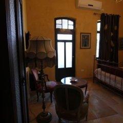 Отель Atelier Luxury Rooms Хайфа в номере