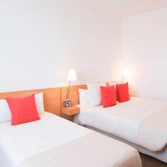 Отель Novotel Barcelona S Joan Despi комната для гостей фото 3