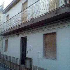Отель Casa Via Crispi Поццалло парковка