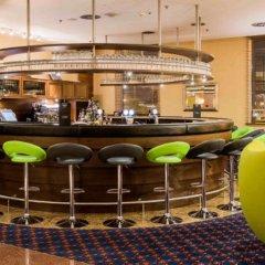 Отель Courtyard by Marriott Warsaw Airport гостиничный бар