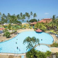 Отель Royal Palms Beach Hotel Шри-Ланка, Калутара - отзывы, цены и фото номеров - забронировать отель Royal Palms Beach Hotel онлайн бассейн фото 2