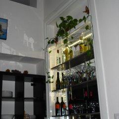Отель Tulip & Lotus Apartments Италия, Палермо - отзывы, цены и фото номеров - забронировать отель Tulip & Lotus Apartments онлайн гостиничный бар