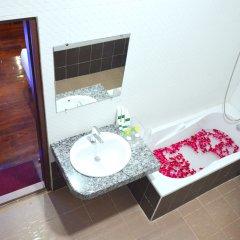 Golden City Light Hotel ванная