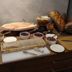 Отель Gallery Palace Грузия, Тбилиси - 8 отзывов об отеле, цены и фото номеров - забронировать отель Gallery Palace онлайн питание фото 2