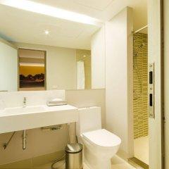 Отель Bizotel Bangkok Бангкок ванная фото 2