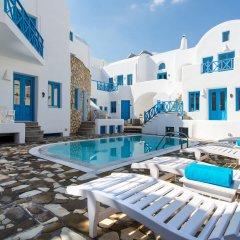 Отель Sea Side Beach Hotel Греция, Остров Санторини - отзывы, цены и фото номеров - забронировать отель Sea Side Beach Hotel онлайн бассейн фото 3