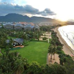 Отель Hilton Sanya Yalong Bay Resort & Spa пляж