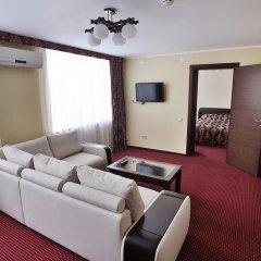 Гостиница Нефтяник в Тюмени 1 отзыв об отеле, цены и фото номеров - забронировать гостиницу Нефтяник онлайн Тюмень комната для гостей фото 4