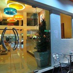 Отель @Hua Lamphong бассейн