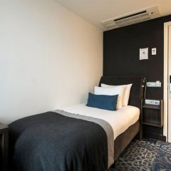 Eden Hotel Amsterdam сейф в номере