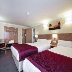 Отель Best Western London Highbury комната для гостей фото 2