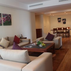 Апартаменты Pacific Place Serviced Apartment комната для гостей