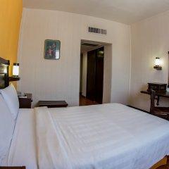Hotel Fenix комната для гостей