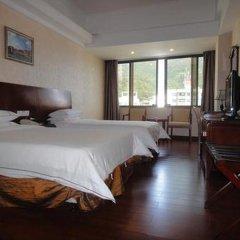 Отель Vienna Silver Lake Branch Шэньчжэнь комната для гостей
