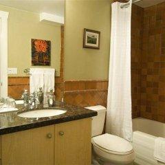 Отель Hycroft Suites Канада, Ванкувер - отзывы, цены и фото номеров - забронировать отель Hycroft Suites онлайн ванная фото 2