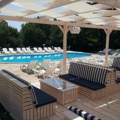 Отель Zarya Болгария, Генерал-Кантраджиево - отзывы, цены и фото номеров - забронировать отель Zarya онлайн бассейн фото 3