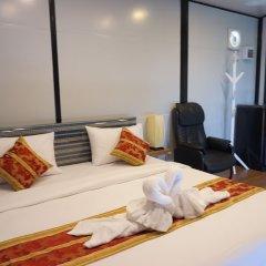 Отель Happy Mountain Airport Resort Таиланд, Такуа-Тунг - отзывы, цены и фото номеров - забронировать отель Happy Mountain Airport Resort онлайн комната для гостей фото 4