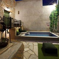 Отель Athenian Residences Греция, Афины - отзывы, цены и фото номеров - забронировать отель Athenian Residences онлайн бассейн