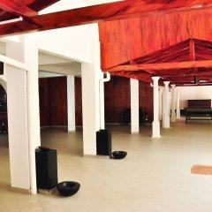 Отель Ypsylon Tourist Resort Шри-Ланка, Берувела - отзывы, цены и фото номеров - забронировать отель Ypsylon Tourist Resort онлайн интерьер отеля фото 2