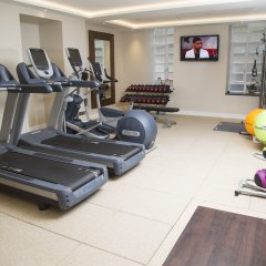 Отель Doubletree by Hilton London Marble Arch фитнесс-зал фото 3