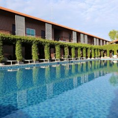 Отель Countryside Garden Resort & Bar бассейн фото 3
