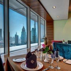 Emirates Grand Hotel балкон