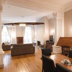 Отель Grand-Place Lombard Appartments & Flats Бельгия, Брюссель - отзывы, цены и фото номеров - забронировать отель Grand-Place Lombard Appartments & Flats онлайн комната для гостей фото 4