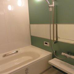Отель Broadway Nakano Sharehouse Япония, Токио - отзывы, цены и фото номеров - забронировать отель Broadway Nakano Sharehouse онлайн ванная фото 2
