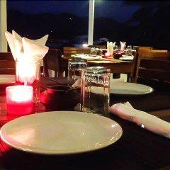 Отель Neptune Hostel Таиланд, Мэй-Хаад-Бэй - отзывы, цены и фото номеров - забронировать отель Neptune Hostel онлайн гостиничный бар