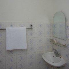 Отель OYO 276 White Orchid Resort Непал, Катманду - отзывы, цены и фото номеров - забронировать отель OYO 276 White Orchid Resort онлайн ванная
